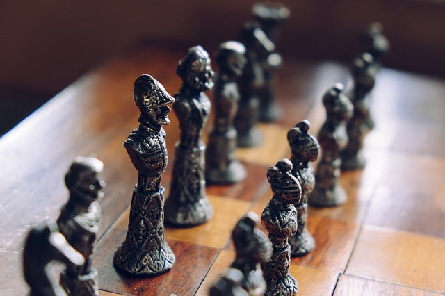 Competitive Intelligence Social Signals: Revealing Your Competitor's Prospect List